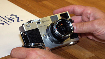 Zeiss Entfernungsmesser Berlin : Filmbasierte messsucherkamera u ezeiss ikonu c photoscala
