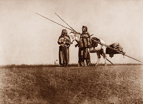 Foto Edward Sheriff Curtis, A Blackfoot Travois, 1925