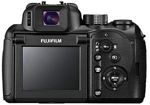 Foto der Rückseite der FinePix S100FS