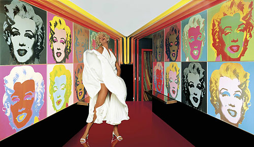 Foto des Turmzimmers, Palace Hotel, St. Moritz mit - Andy Warhol - Marilyn Monroe
