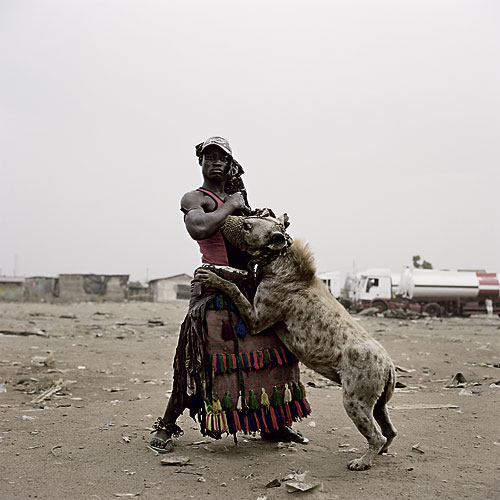 The Hyena & Other Men; Foto Pieter Hugo