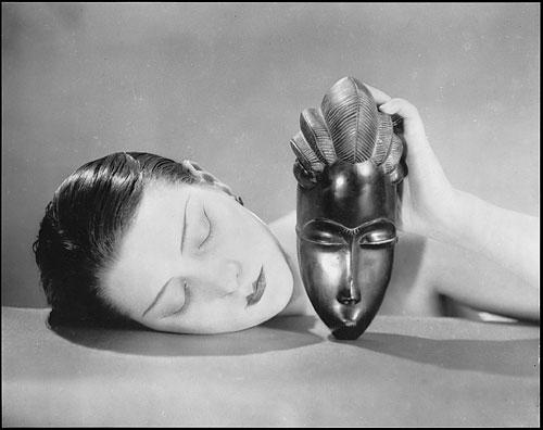 Man Ray; Noire et Blanche, 1936. © Man Ray Trust, Paris / VG Bild-Kunst, Bonn 2008