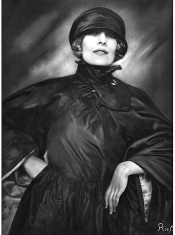 Foto Frieda Riess, Die Malerin Xenia Boguslawskaja, 1922