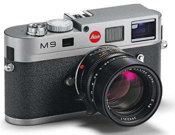 Foto der M9 von Leica in stahlgrau