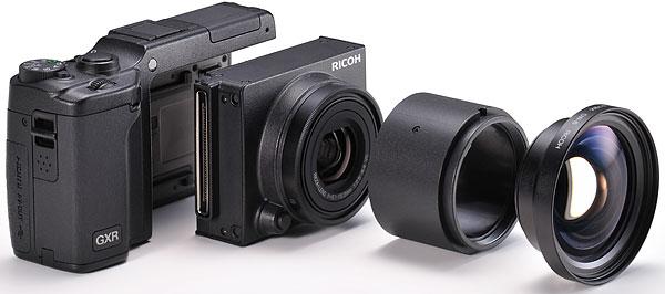 Foto GXR + Aufnahmemodul Ricoh-Objektiv 2,5-4,4/24-72 mm VC (S10) + Weitwinkelvorsatz DW-6