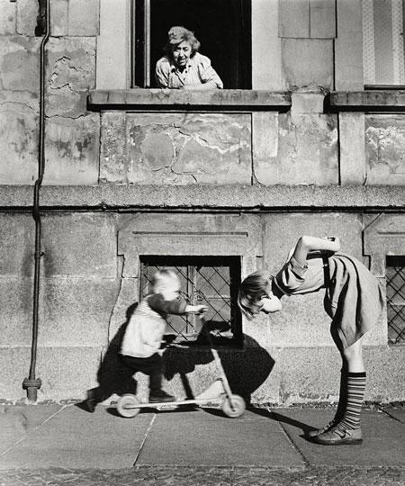 """Foto Ursula Arnold: """"Leipzig, Brandvorwerkstraße"""", 1956"""