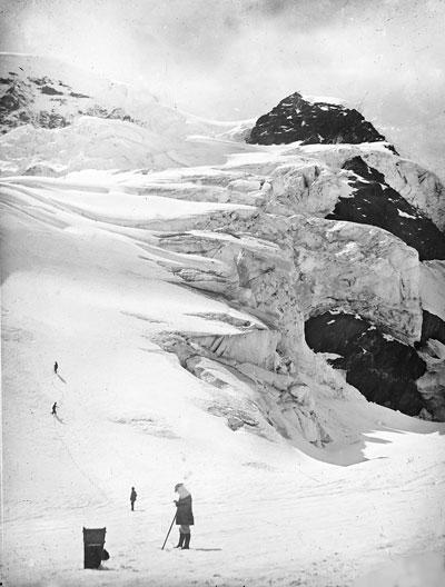 Foto Jules Beck: Aufstieg zum Fieschergletscher, 1872