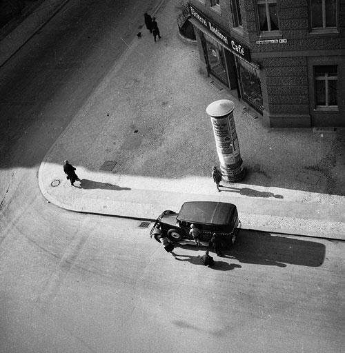 Foto Eva Besnyö, Starnberger Strasse, Berlin, 1931