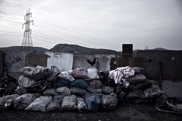 """Foto Dimitris Michalakis, aus der Serie """"NATO Avenue"""""""