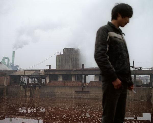 Foto Andreas Seibert, Abwasserbecken einer Lebensmittelfabrik. Provinz Henan, 2011