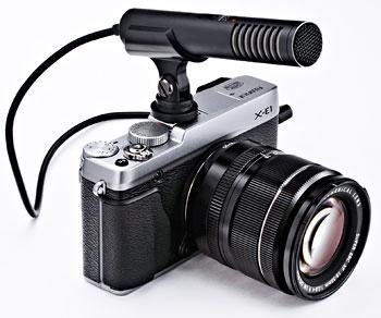 Foto der X-E1 mit Mikrofon