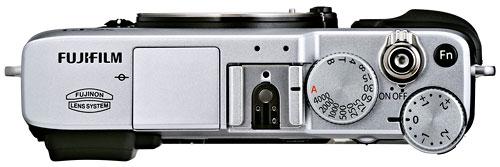 Foto der Oberseite der X-E1 von Fujifilm
