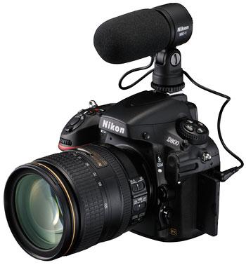 Foto der D800 mit Mikrofon ME1