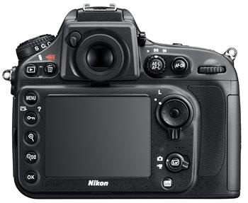 Foto der Rückseite der D800 von Nikon