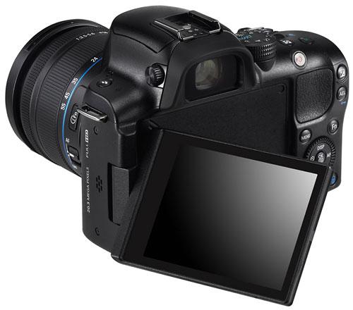 Foto der Rückseite der NX20 von Samsung