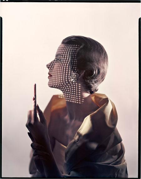 Foto Erwin Blumenfeld, Variante der Fotografie für das Titelblatt der Vogue US, 1. Mai 1949 (Model: Ruth Knowles)