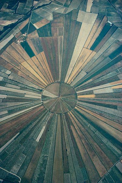 Foto Georg Gerster, Der Stern von Montady, Département Hérault, Frankreich 1972