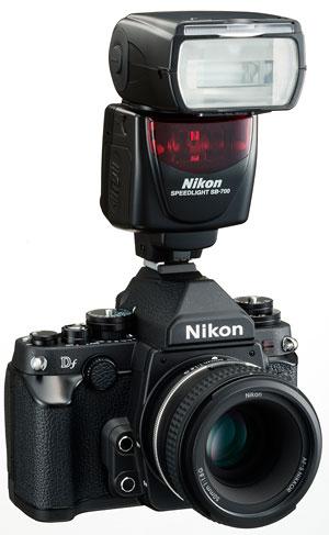 Foto Nikon Df mit SB700