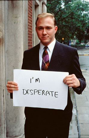Foto Gillian Wearing, I'M DESPERATE, 1992-93