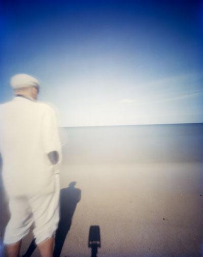 Foto Hanns Zischler: Selbstportrait vor rauher See, 2010