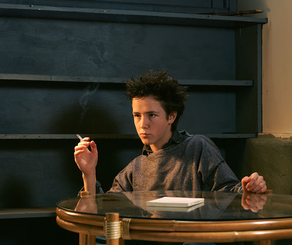 Foto Jeff Wall, The Smoker, 1986