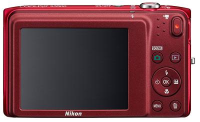 Foto der Rückseite der Coolpix S3500 von Nikon