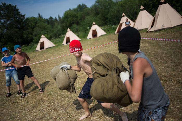 """Foto Philipp Jeske, aus der Fotoreportage """"Russlands neue Verteidiger"""""""