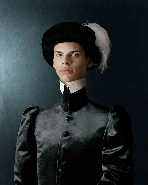 Foto Christian Tagliavini, Ritratto di giovane uomo con capello