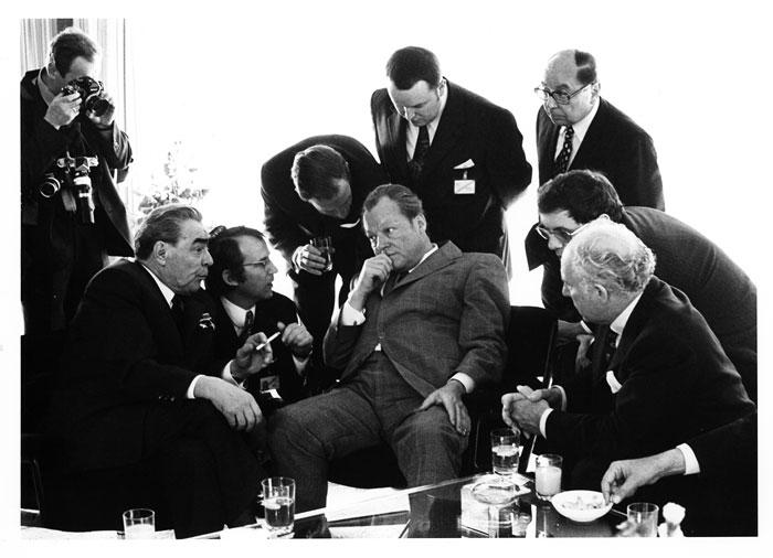 Foto Barbara Klemm: Leonid Breschnew, Willy Brandt; Bonn, 1973