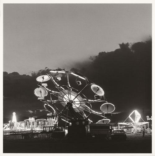 Foto Robert Adams, Longmont, Colorado, Summer Nights, 1979
