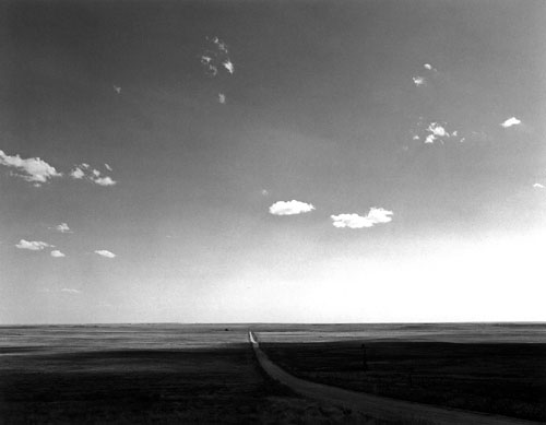 Foto Robert Adams, North of Keota, Colorado, The Planes, 1965-1973