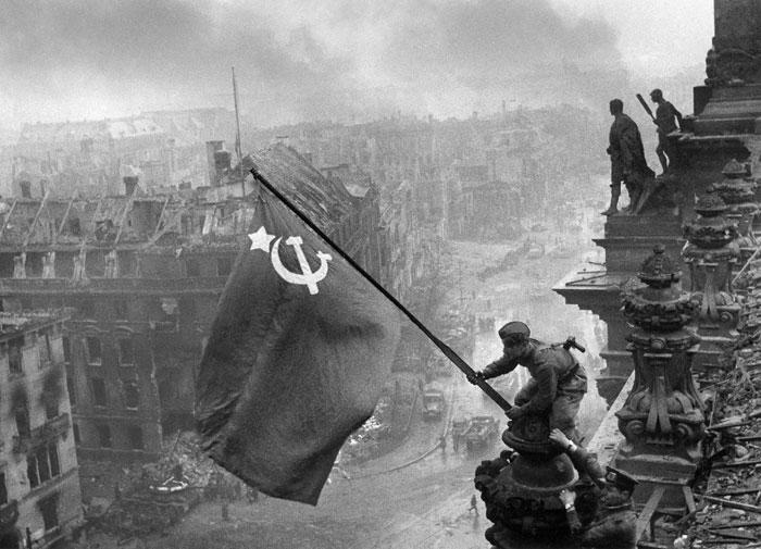 Jewgeni Chaldej, 2. Mai 1945