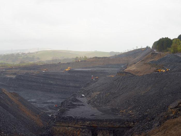 Almut Linde, Dirty Minimal #76.1 - Landscape / Opencast Coal Site (Industrial Revolution)