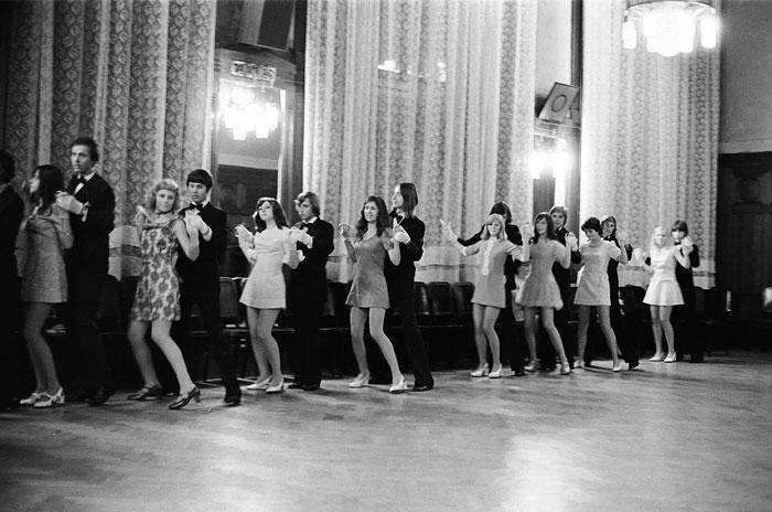 Foto Iren Stehli, Aus der Serie «Tanzstunden», Prag, 1975