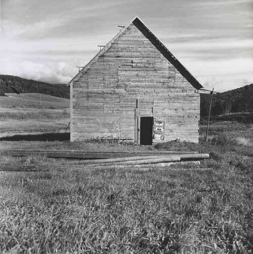 Foto Walker Evans, Barn, Nova Scotia, 1969 – 71
