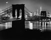 "Foto Andreas Feininger ""Brooklyn Bridge bei Nacht, New York"" (1945)"