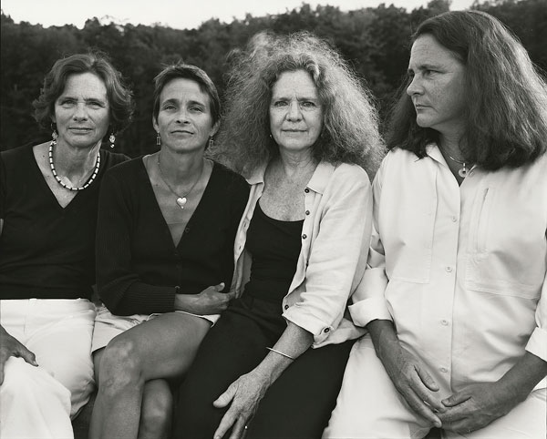 Foto Nicholas Nixon, The Brown Sisters, Wellesley College, Massachusetts, 2006