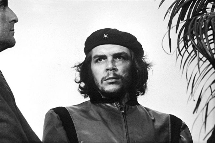 Guerrillero Heroico von Alberto Diaz Gutierrez (Alberto Korda)