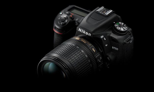Nikon präsentiert Halbformat-DSLR D7500