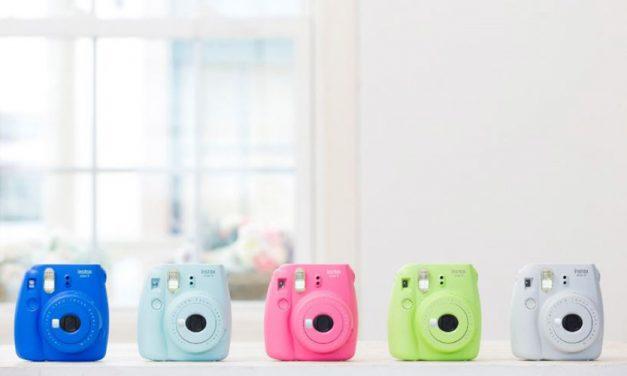 Fujifilm stellt Sofortbildkamera instax mini 9 vor