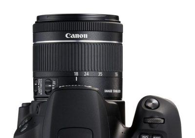 Canon EOS 200D10