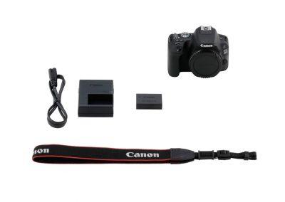 Canon EOS 200D15