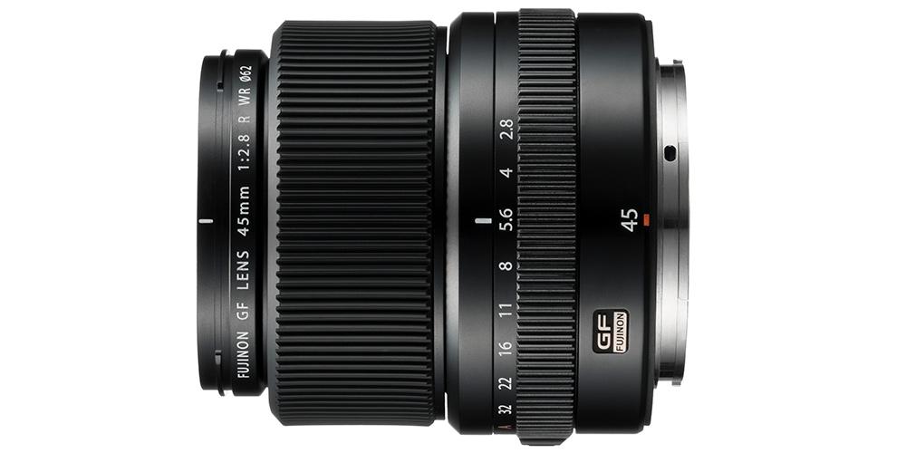 Für Fujifilm GFX 50S: Objektiv GF45mmF2.8 R WR angekündigt und Roadmap 2018 veröffentlicht