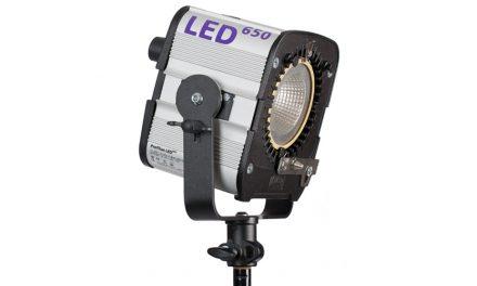 Neu von Hedler: Flächenleuchte Profilux LED 650