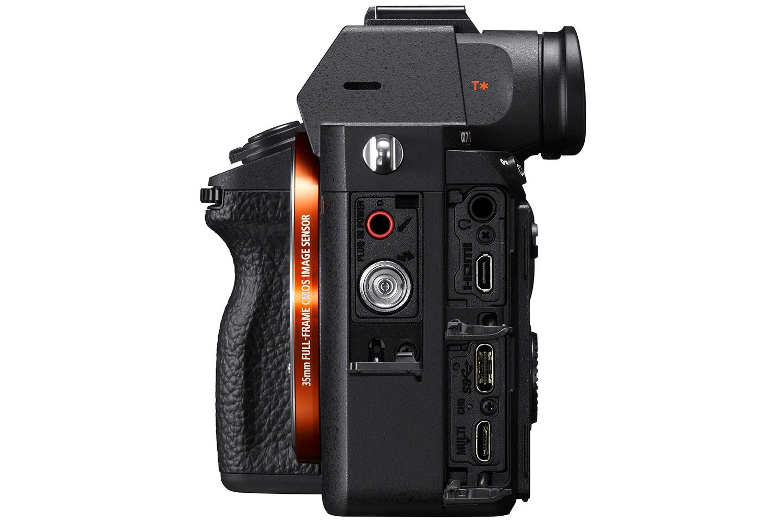 Sony Alpha 7R III: 42,4 Megapixel und 10 Bilder/Sekunde | photoscala