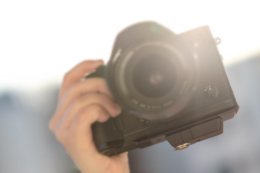 Memistore unter einer Kamera