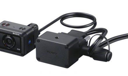 Sony CCB-WD1 synchronisiert bis zu 100 RX0