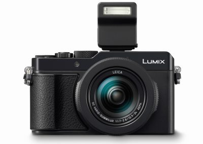 Panasonic LUMIX LX100 II front flash