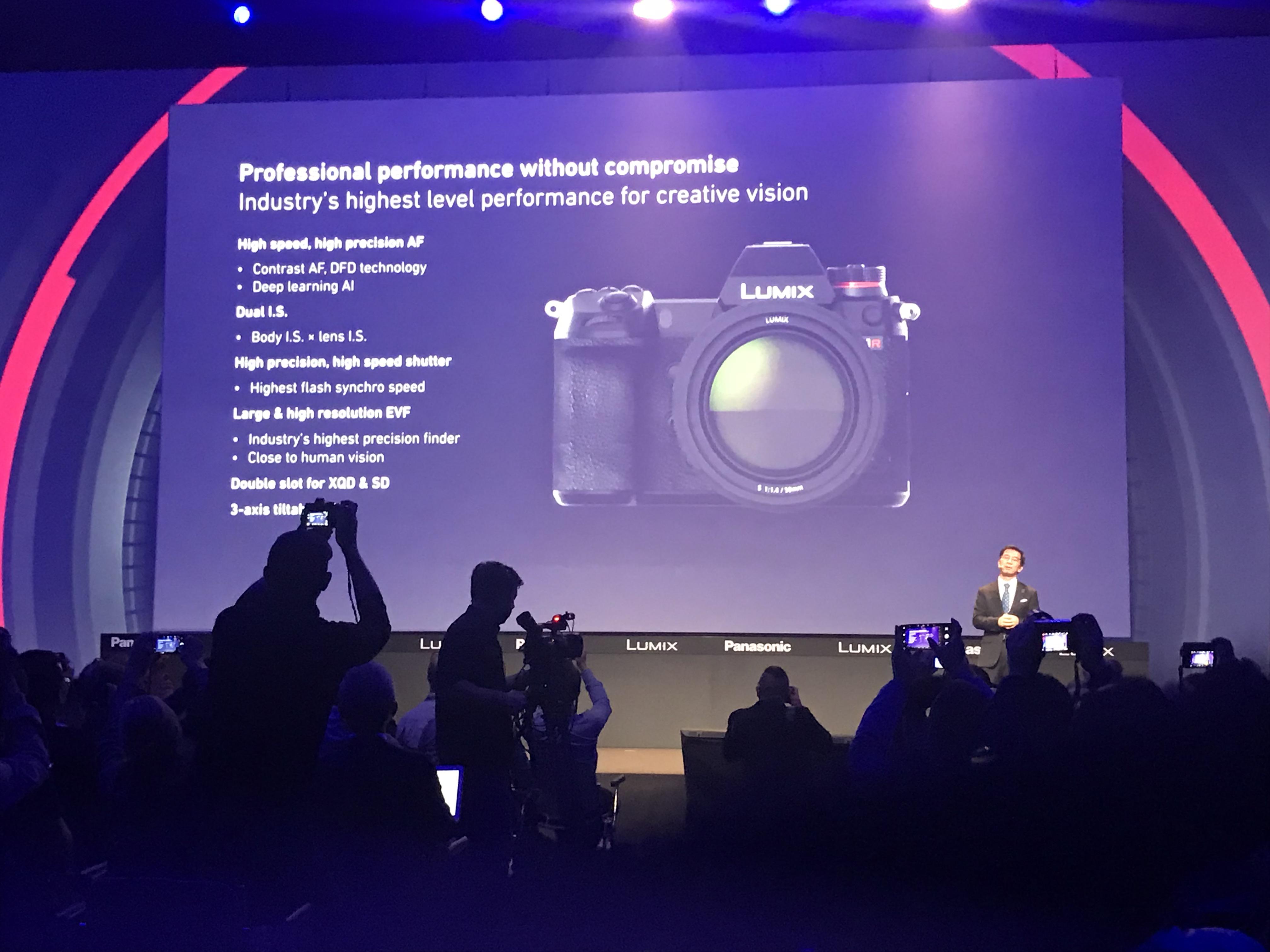 Panasonic Lumix S Specs