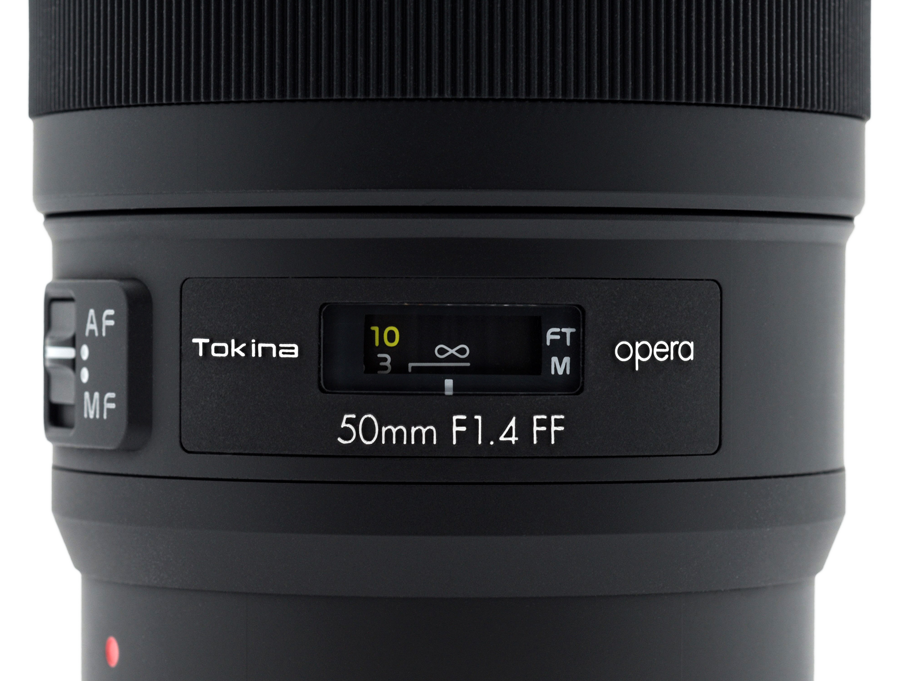 Tokina-Opera-50mm-Detail